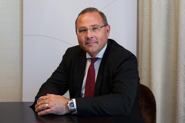 Generálny riaditeľ švédskej spoločnosti Saab, ktorá vyrába aj stíhačky Gripen, Håkan Buskhe.
