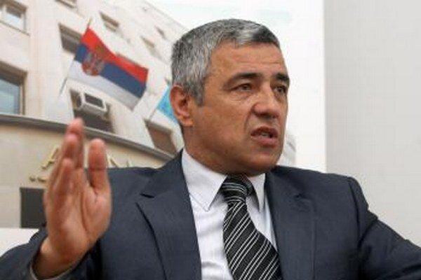 Oliver Ivanovič.