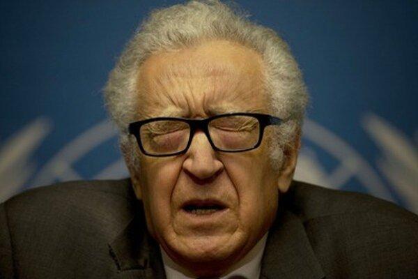 Osobitný vyslanec OSN a Ligy arabských štátov (LAŠ) pre Sýriu Lachdar Bráhímí.