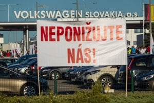 Štrajk vo Volkswagene sa oficiálne začal.
