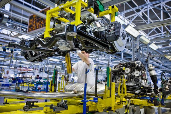 Výroba v závode Volkswagenu v Devínskej Novej Vsi.
