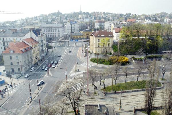Predstaničné námestie v Bratislave.
