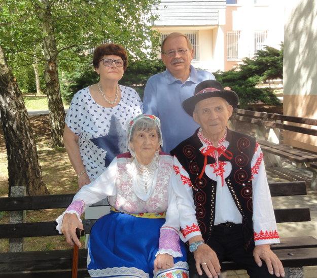 Manželia spolu s deťmi Darinou a Richardom.