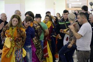 Na Slovensko prišla skupina irackých kresťanov.