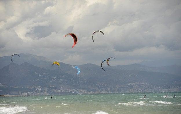 Pobrežie pri Torremolinos, Costa del Sol.