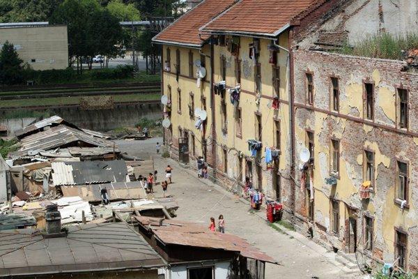 Bytovka pod Pustým hradom je problémom Zvolena už dlhé roky.