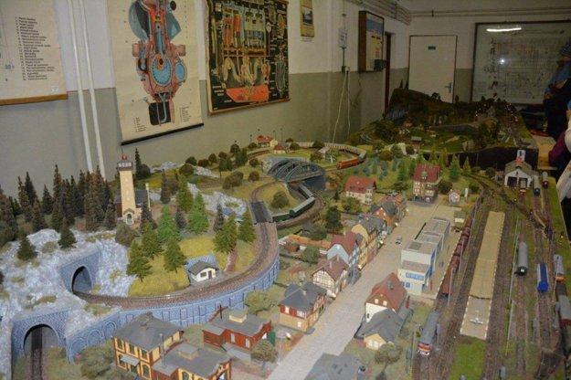 V Dopravno-železničnom múzeu nájdete aj takéto pekné modely.