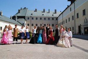 Žiaci nórskej návšteve ukázali niečo z našej histórie a kultúry.