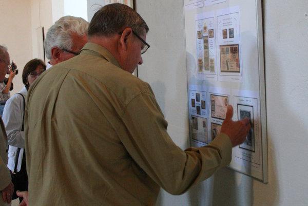 Výstava Biblia na známkach potrvá v synagóge v Liptovskom Mikuláši do 31. augusta 2017