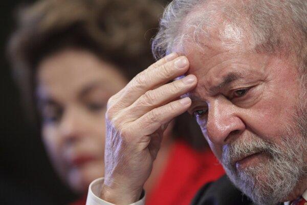 Napriek usvedčenia z korupcie je Silva lídrom v prieskumoch pred budúcoročnými prezidentskými voľbami v Brazílii.
