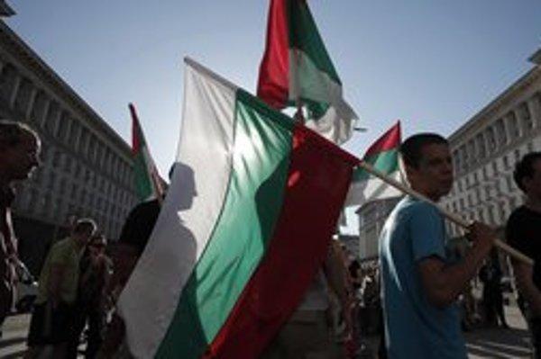Bulharské voľby sprevádzali demonštrácie proti korupcii.