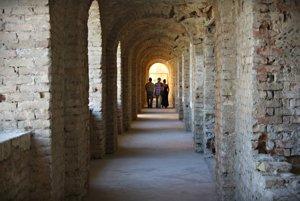 Vpriestoroch pevnosti pripravili stálu výstavu fotografií.