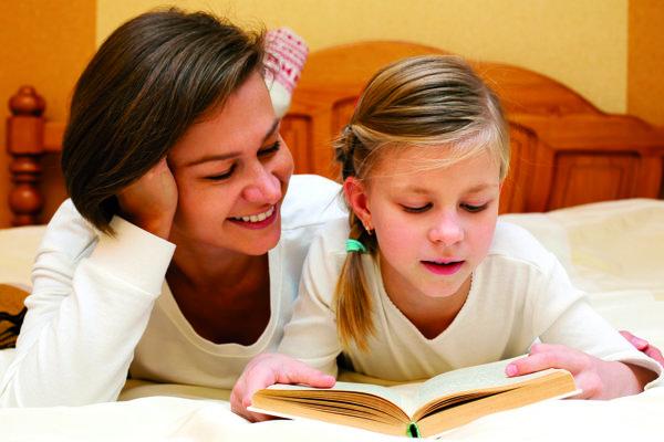 Knihy k prázdninám patria. Čítanie predsa rozvíja fantáziu.