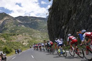 Na cyklistov čakajú v 19. etape tri stúpania.