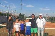 Úspešná výprava novozámockých tenistov