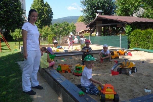 Škôlka v Malinovej organizovala olympiádu detí materských škôl.
