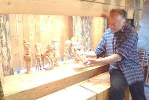 Deti zbožňujú Šimonove bábkové divadlo.