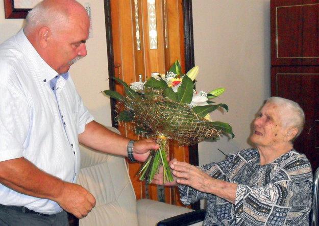Gratuluje zástupca primátorky Andrej Semanco