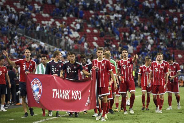 Hráči Bayernu Mníchov po víťaznom zápase proti Chelsea.