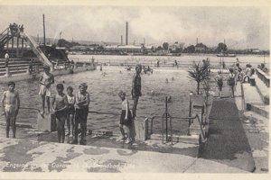 Lido s bazénom v období druhej svetovej vojny.