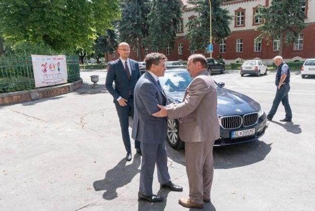 Plavčan a Sovák. Minister nedávno navštívil košickú univerzitu.