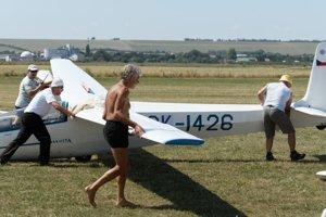 Na letisku v Nitre-Janíkovciach sa koná 3. ročník podujatia Oldtimer Pribina Star.
