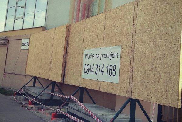 Nové bilbordy pribudli na začiatku Hospodárskej ulice.
