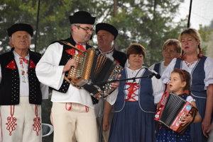 Vystúpenie FS Vrabčiar z Krásna nad Kysucou.