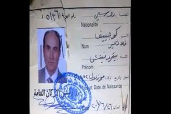 Povstalci ukázali aj doklady zabitého muža, o ktorom tvrdia že bol ruský generál.