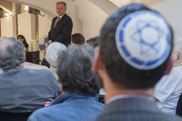 Prezident Kiska navštívi Klub seniorov pri Židovskej náboženskej obci v Bratislave pri príležitosti Pamätného dňa obetí holokaustu a rasového násilia.