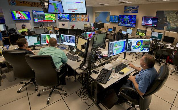 Meteorológovia upravili odhad postupu hurikánu Irma.