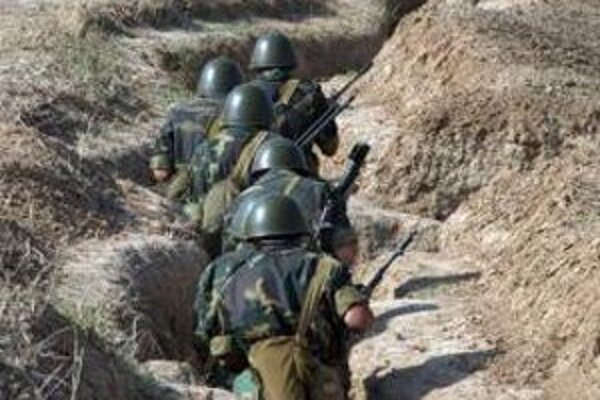 Arménski vojaci počas manévrov v Karabachu.