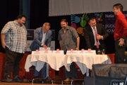 Zľava: Radovan Ceglédy, Pavel Greksa, Marian Lacko, Ladislav Dudáš a Peter Muránsky.