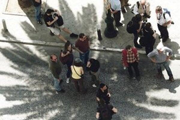 Gréci tento rok protestovali pokojne a v malom počte.