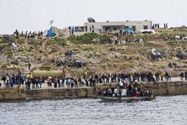 Na Lampedusu ešte nedávno prichádzali desiatky Líbyjčanov.