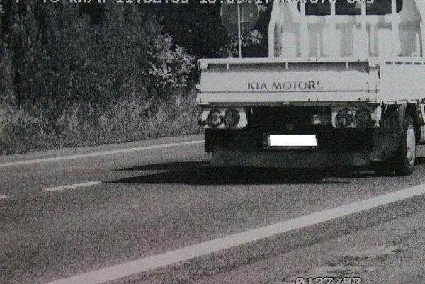 Našťastie, opitý vodič nespôsobil žiadnu dopravnú nehodu.