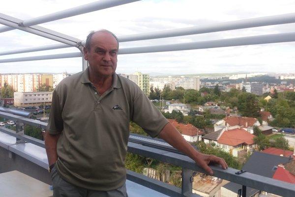Ján Caban. Šéfuje Rade seniorov, ktorá na podujatiach pre seniorov spolupracuje s magistrátom.