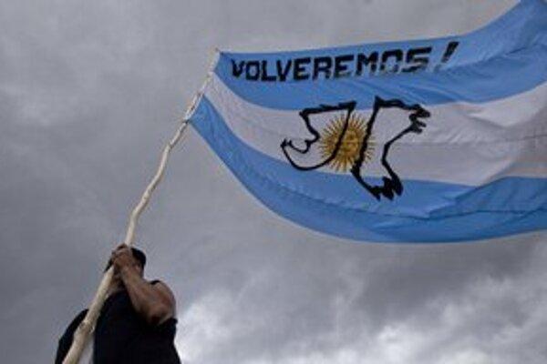 V Argentíne si pripomínajú 30. výročie začiatku vojny o Falklandy.
