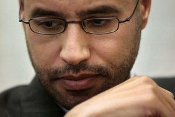 Sajfovi hrozí trest smrti.