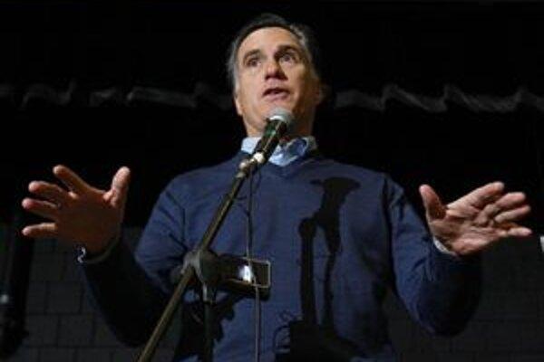 Romney na mítingu v Portlande.
