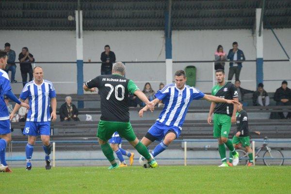 V zápase Nesvady - Šahy rozhodol o víťazovi jediný gól.