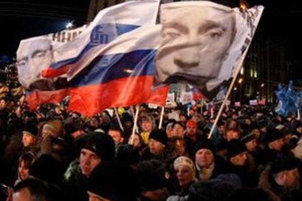 Putin bude prezidentom na šesťročné volebné obdobie.