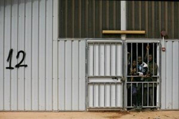 V líbyjských väzniciach sa nachádza aj mnoho Afričanov, ktorí bojovali za Kaddáfího režim.