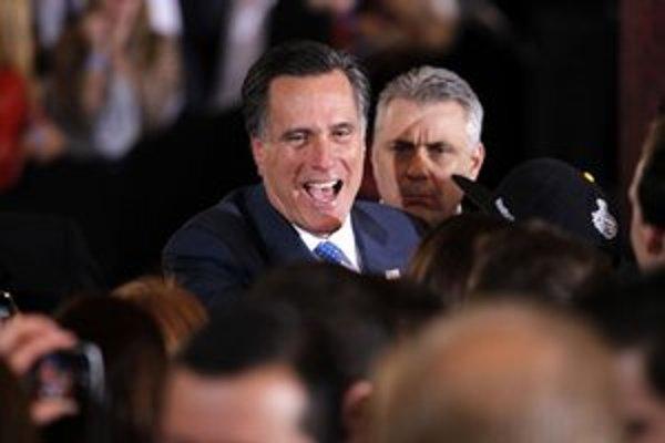 Najväčším favoritom naďalej zostáva Romney.