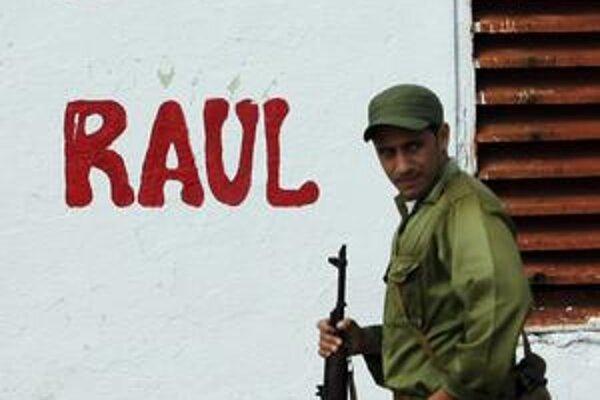 Režim Raúla Castra nestrpí kritikov.
