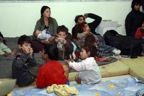 Peniaze od Únie majú pomôcť aj Rómom.