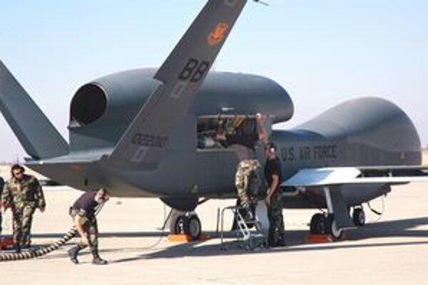 Global Hawk RQ-4B.