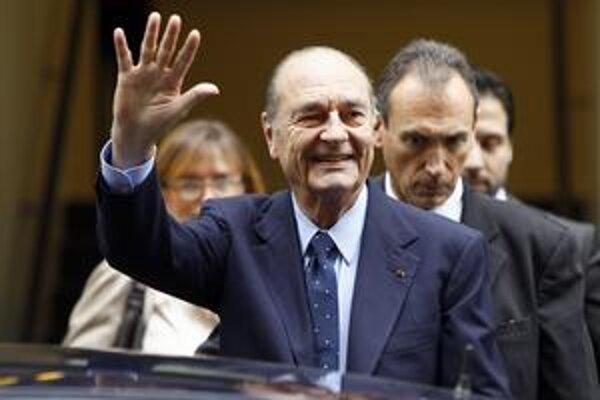 Chirac sa vo Francúzsku roky drží na vrchole politických rebríčkov popularity.
