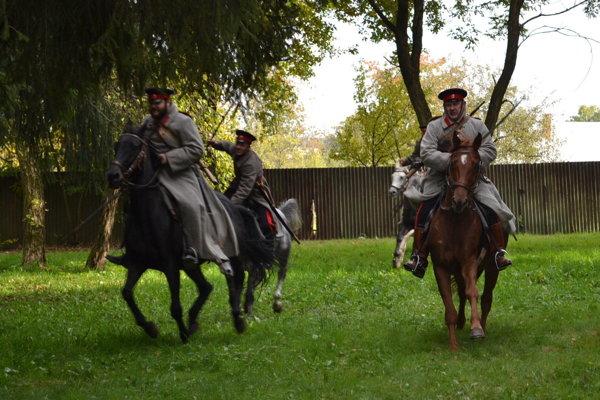 Donskí kozáci. Na ukážky bojov prišli zPoľska.