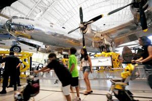 Zatvorenie hrozí aj Národnému múzeu letectva a kozmonautiky vo Washingtone.